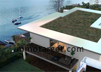 Completely renovated luxury villa